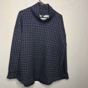 NWT Jones New York blue quilted pull over.Size XL.